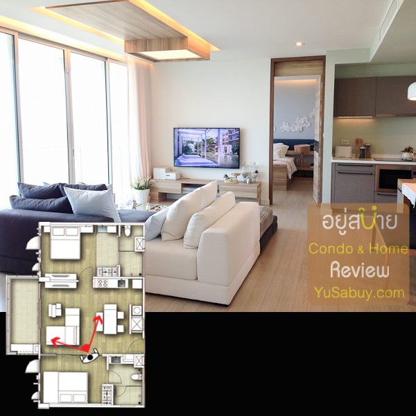 มองรวมๆภายในห้องครับ มุมที่ยืนถ่ายรูปนี้มองจากห้องนอนเล็กไปยังห้อง master bedroom และ Living Room