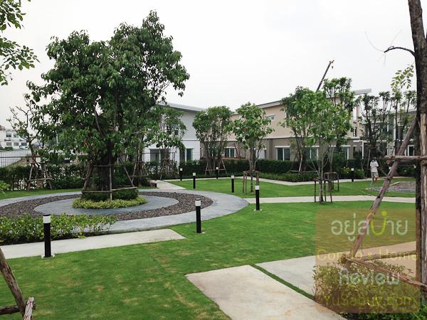 สวนสาธารณะในโครงการคาซ่า วิลล์ สุขุมวิท 103