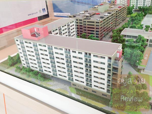ตึกที่อยู่โซน D จะเป็นตัว L ไม่เป็นเส้นตรงแบบตึกอื่นๆ และจะมีห้องเฉพาะแบบ 26 ตารางเมตรเท่านั้น